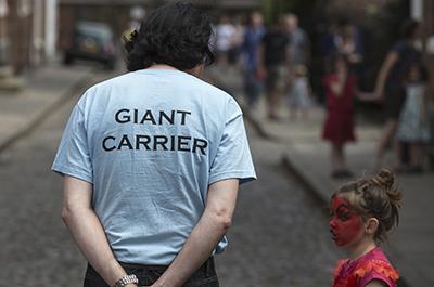 summerwatch_giant_carrier_2014